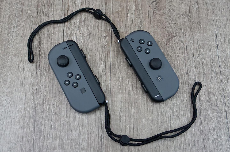 Joy-Con controllers